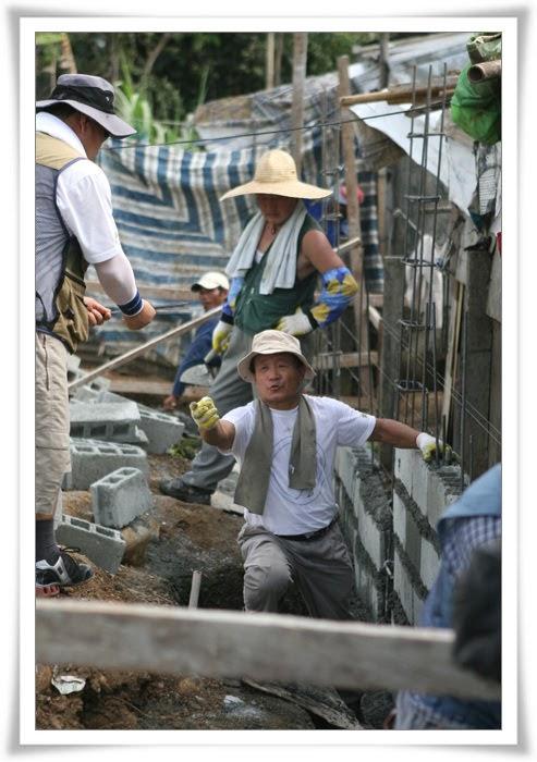 2012. 11. 17. 필리핀 건축선교 (5).jpg