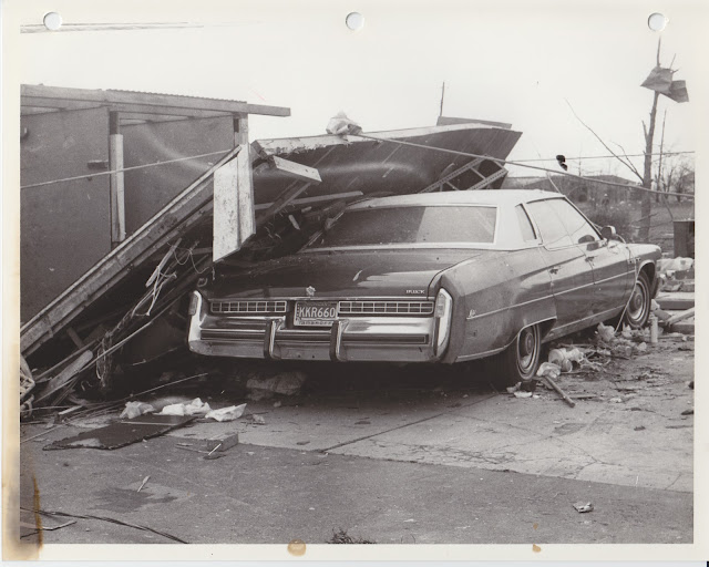 1976 Tornado photos collection - 107.tif