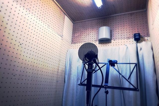 「こおろぎさんち」の自作防音室