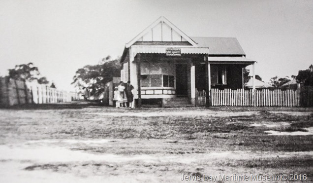 bessy-stewart-tea-room-owen-st-huskisson-later-1st-husky-chemist-shop