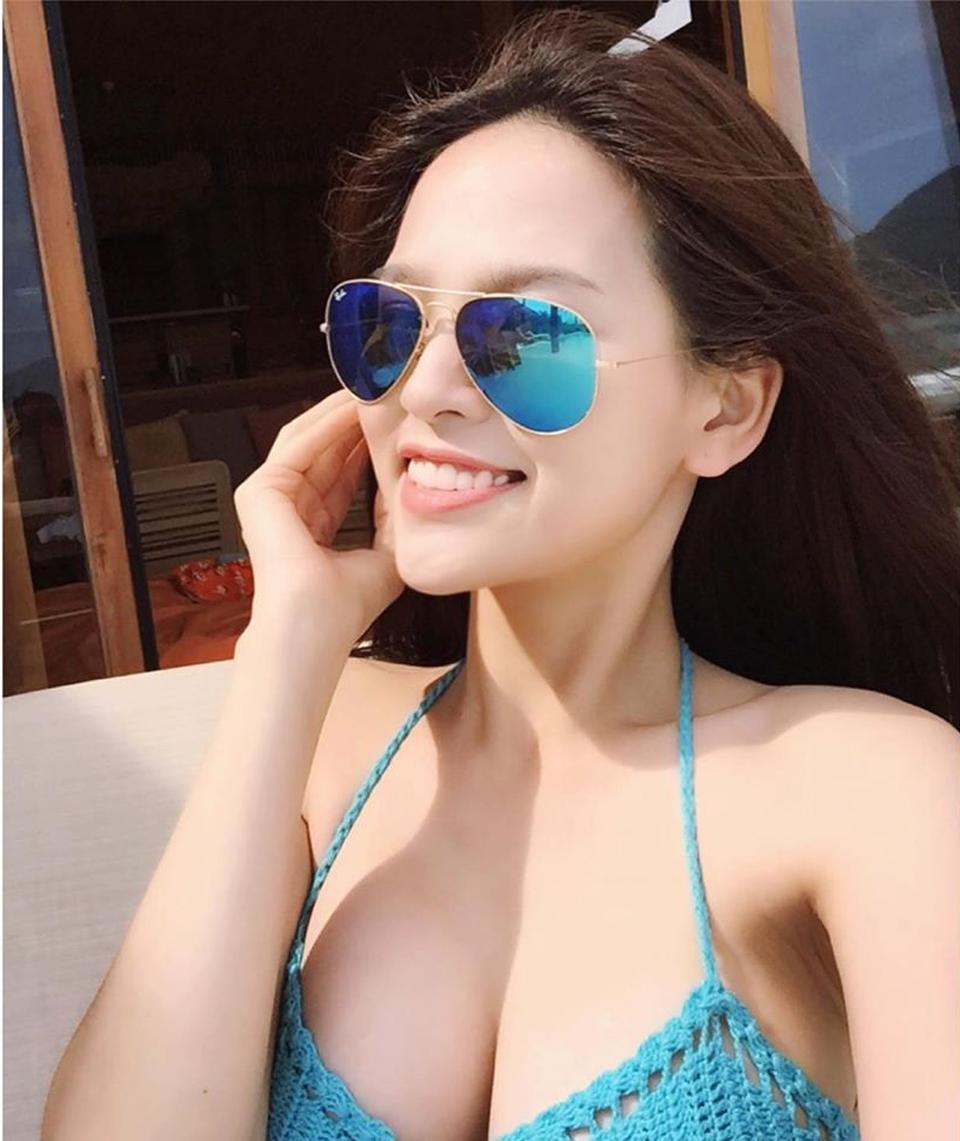 Trang Phi da trắng mặt xinh