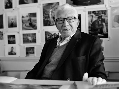 photo of Tony Vaccao in his studio