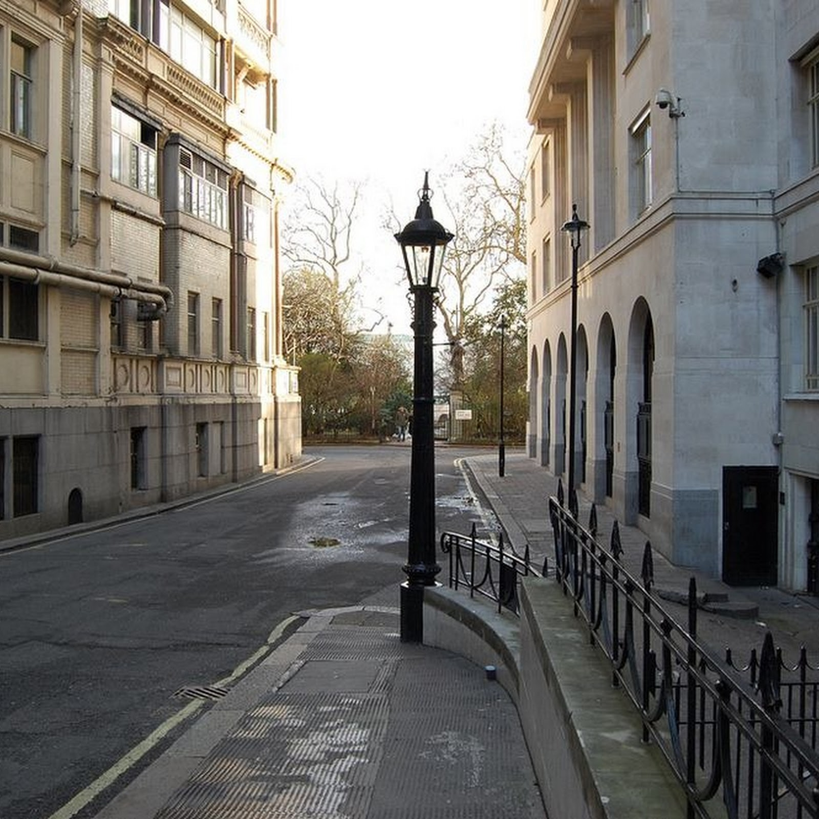 The Sewer Gas Destructor Lamps of England
