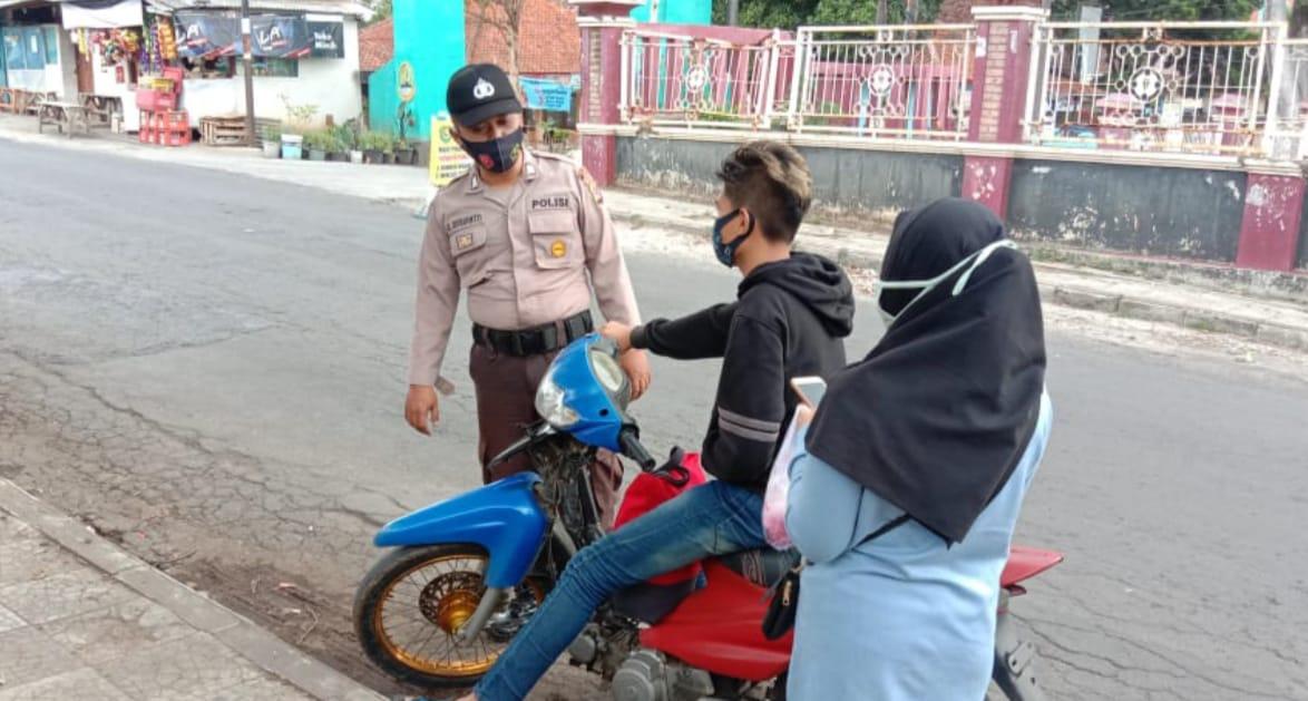Polsek Cibatu Polres Garut Polda Jabar Gelar Operasi Yustisi di Alun-alun
