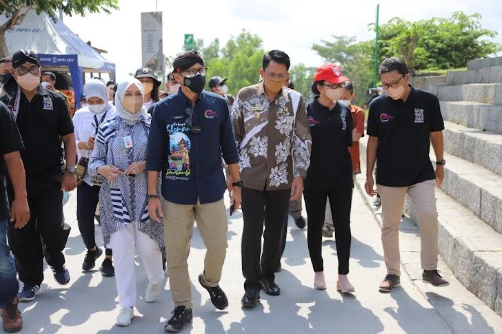 Kunjungi Tebing Breksi, Sandiaga Uno Apresiasi Pengembangan UMKM
