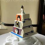 Double sided wedding cake 3.JPG