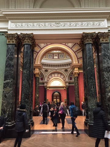 The interior of the National Gallery, London is gorgeous and ornate