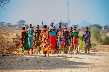 Ξηρασία και πείνα στη Μαδαγασκάρη : Παιδιά ικετεύουν στους δρόμους για φαγητό - Γονείς κυνηγούν έντομα