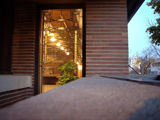 Frederick C Robie House, 5757 South Woodlawn Avenue, Chicago, IL 60637, United States
