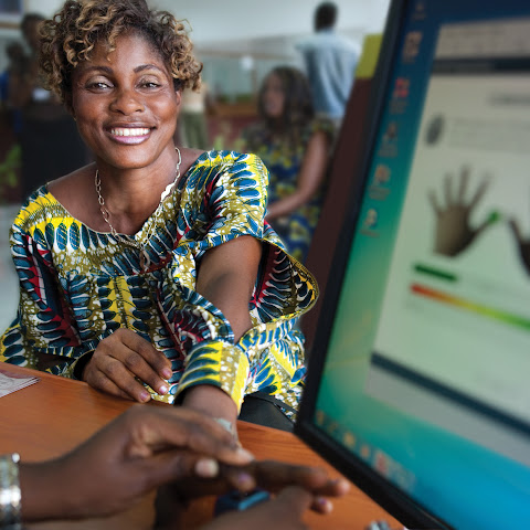 Annie Nyangomba opens an account at Opportunity Democratic Republic of Congo