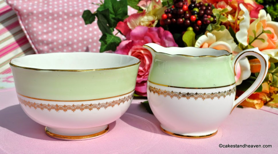 Roslyn green and gold fine china vintage creamer and sugar bowl