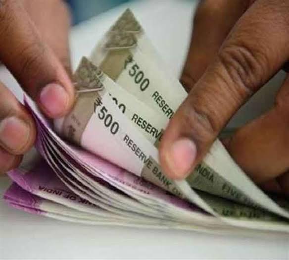 आज से बदलेंगे रुपये-पैसे से जुड़े ये पांच नियम, जानिए आपकी जेब पर कितना पड़ेगा असर-BASIC NEWS