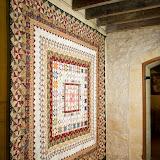 MEDAILLON 245 x 245 cm - piécé et quilté machine par Arlette Bonté