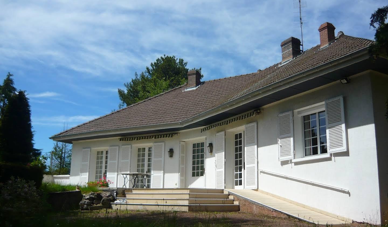 Maison avec jardin et terrasse Saint-Laurent-de-Chamousset