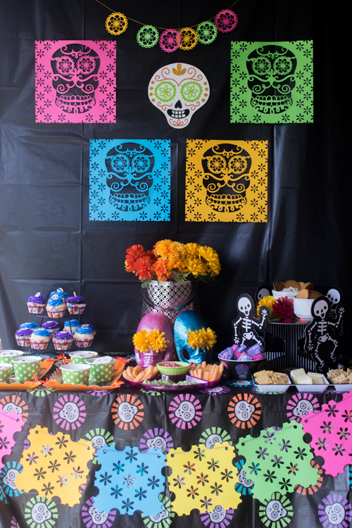 Dia de Los Muertos Party set up