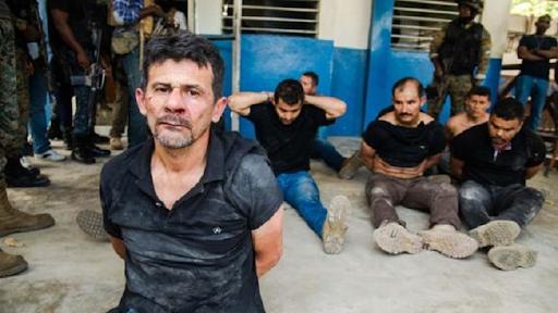 Mercenarios colombianos presos en Haití denuncian son torturados.