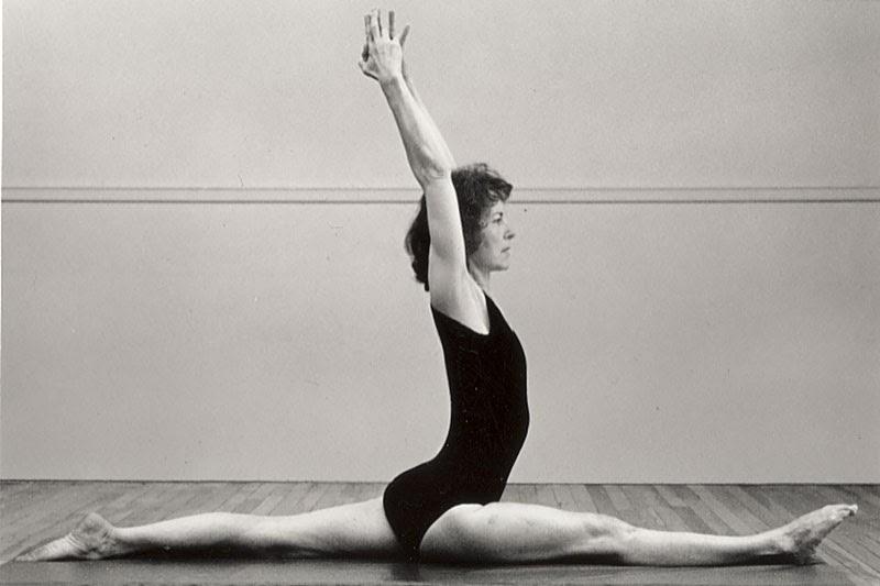 Elaine McGillicuddy Yoga Poses - Hanumanasana.jpg