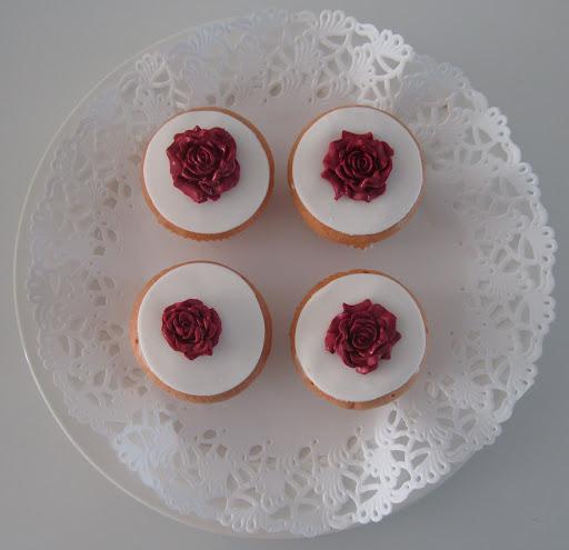 Cupcake basis roos.JPG