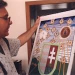 366-Duray Miklós egyik díjával 1999-ben.jpg