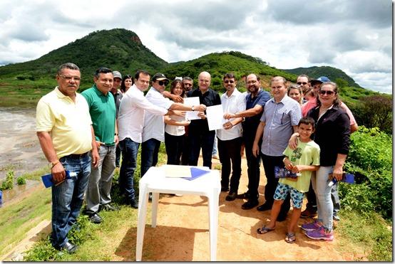 Assinatura do contrato de recuperação do Talude da barragem de Lucrécia[6671]