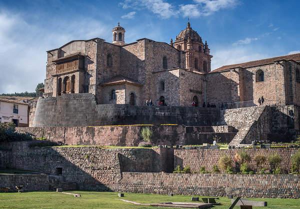 Convento y la Iglesia de Santo Domingo Cusco