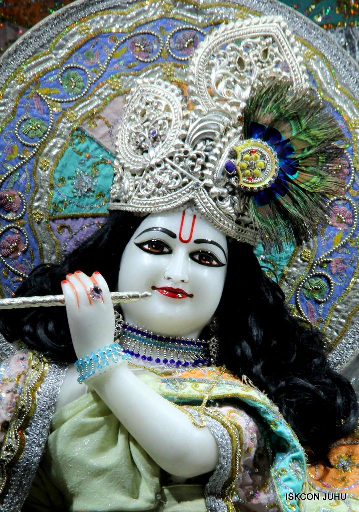 ISKCON Juhu Mangal Deity Darshan on 20th Oct 2016 (18)