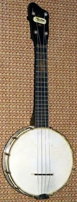 Maxitone Gumby Head  Banjolele