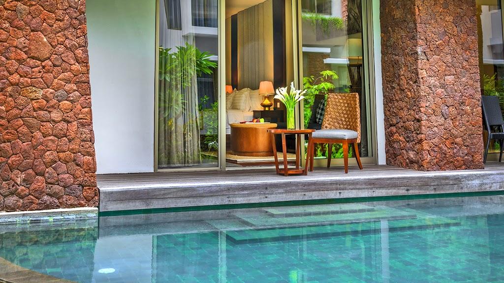 INAYA Deluxe Pool - terrace cropped