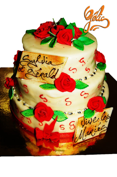 wedding-cake-roses-rouges-S-G-ptt.jpg