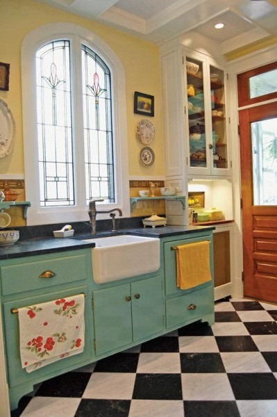 eclectic-20th-century-kitchen-farmhouse-sink-399x600