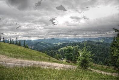 Ciumarna Pass