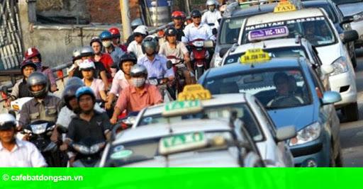 Hình 1: Thị trường 24h: Taxi Group tăng giá cước để... tri ân khách hàng