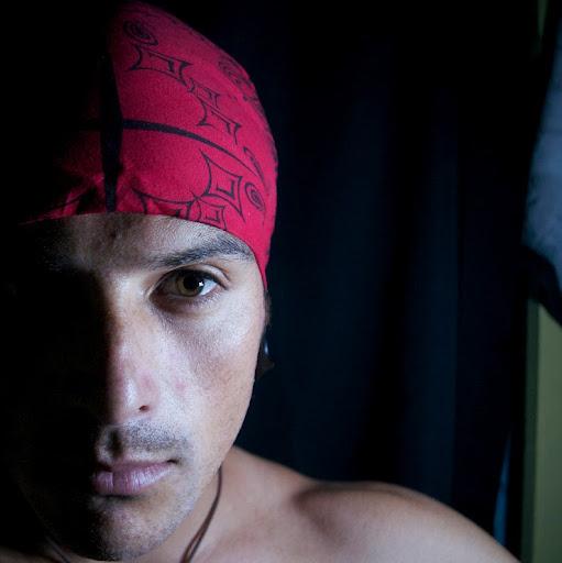 Adam Kanekoa Photo 3