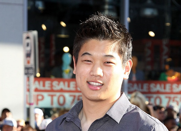 Ki Hong Lee Profile pictures, Dp Images, Display pics collection for whatsapp, Facebook, Instagram, Pinterest, Hi5.