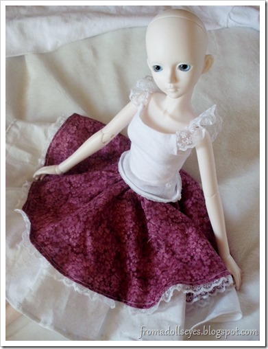 Bjd posing in lace top and skirt