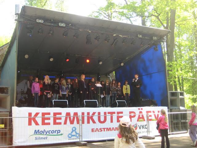 Keemikute päev Jõhvi linnapargis 28.mail 2011 - piter%2Baprill%2B045.jpg