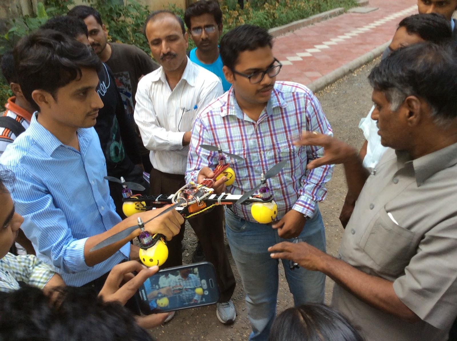 Nowrosejee Wadia College, Pune Robolab (12).jpg