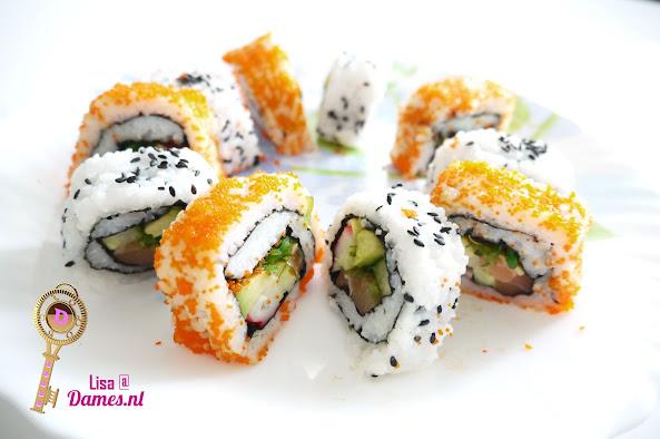 Sushi maken 9 California en Sesam rol.JPG