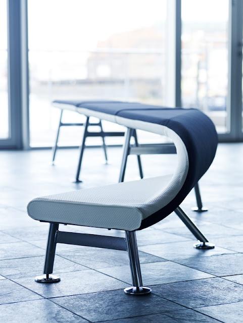 Едни различни и нестандартни столове и пейки от Карл Мариус Свеен