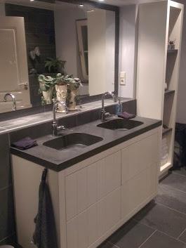 Mooie landelijke badkamer met Leisteen vloertegels. Voordeel van een ...