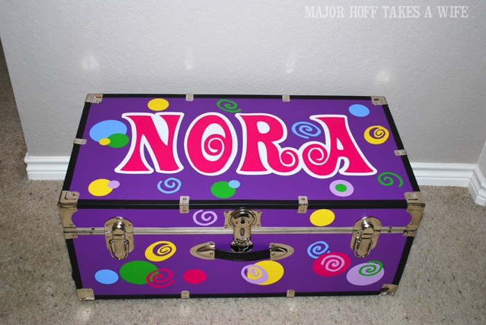 personalize a camp locker