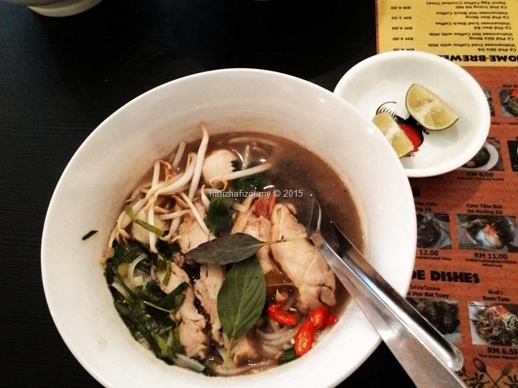 makanan vietnam best noodles