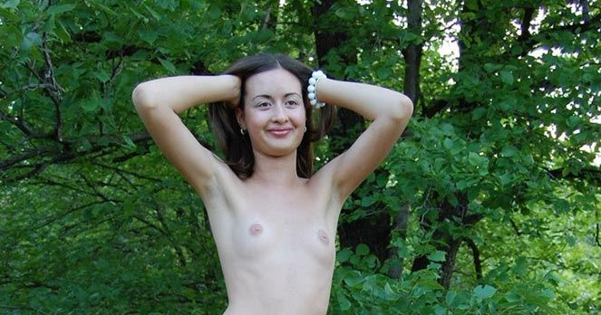 nudist women photo of the day 03 09 11   good naked
