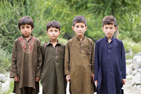 The innocent kids of Gulapur, Ghizer
