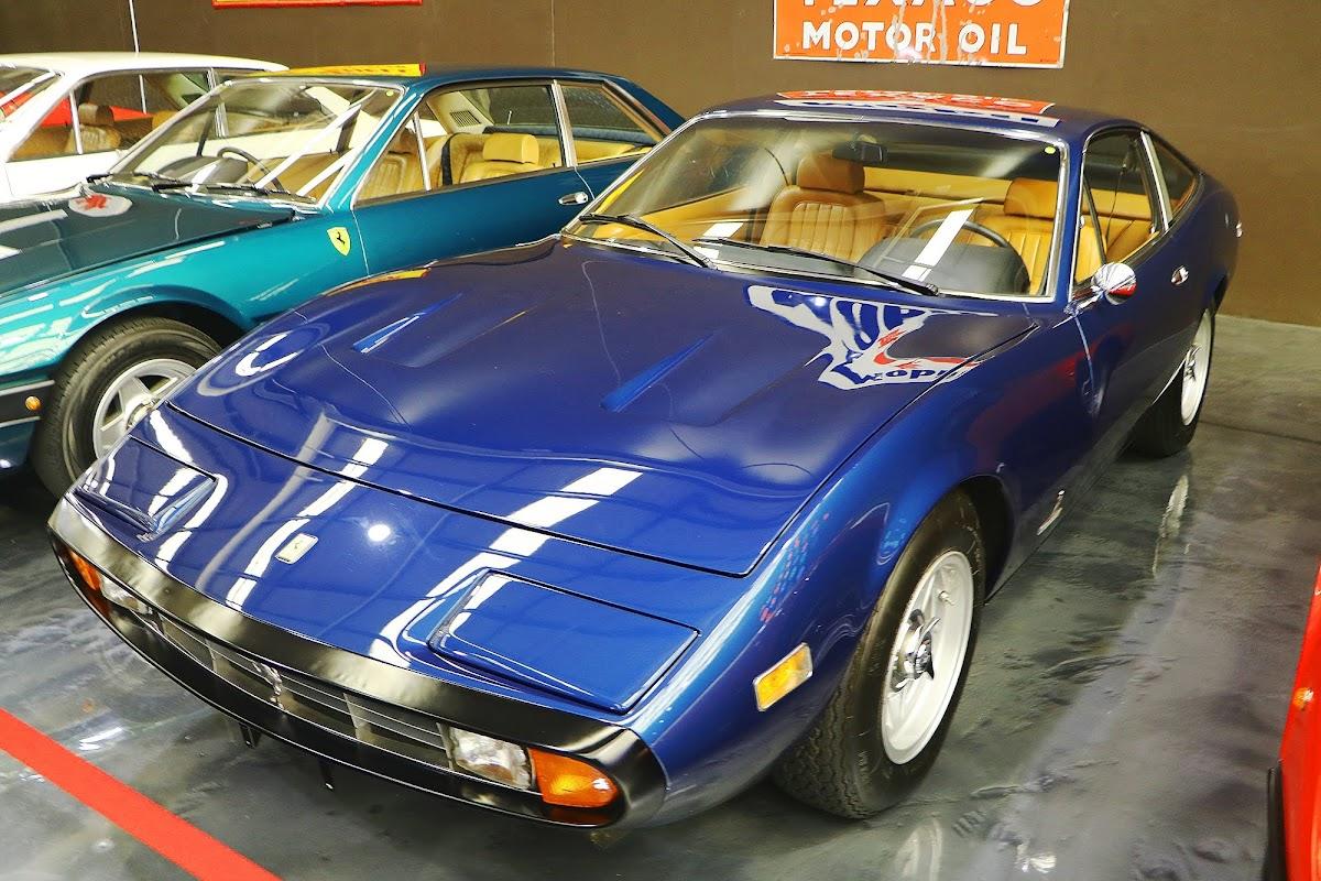 1972 Ferrari 365 GTC 4 Coupe (03).jpg
