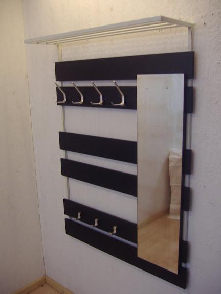 wandkapstok chromen haken en spiegel wall coatrack chrome hooks and a mirror sold items. Black Bedroom Furniture Sets. Home Design Ideas