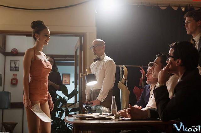 Xem Phim Tạp Chí Khiêu Dâm: Cuộc Đời Ông Trùm 1 - American Playboy: The Hugh Hefner Story Season 1 - phimtm.com - Ảnh 1