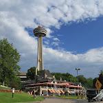 Башня Skylon со смотровой площадкой на канадской стороне