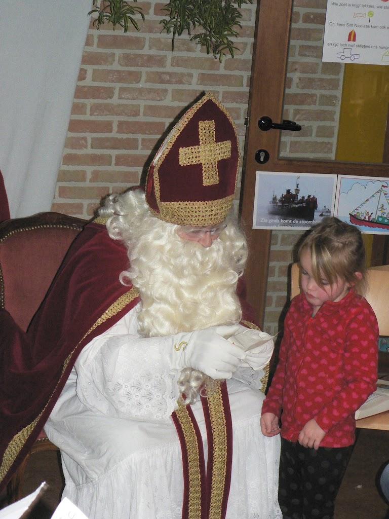 Sinterklaas op bezoek - P1270324.JPG