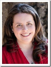 Layla Reyne - Author Photo_thumb[1]